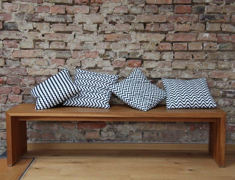 reliefmuster aus polschlingen karl mayer. Black Bedroom Furniture Sets. Home Design Ideas